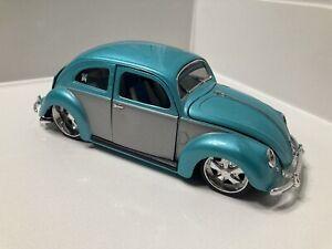 Maisto 1:24 Scale Diecast G Ridez Bugz 1951 Volkswagen Beetle RARE Turquoise