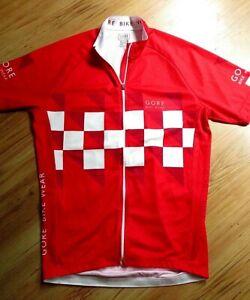 """Fabulous GORE Man's Red Zip Up Cycling Top sz M 36-38"""""""