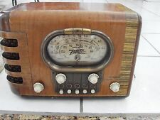 Vintage Zenith Model 5S319 Racetrack Dial Working 1939 Wood, 2 chips on knobs