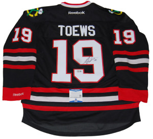 JONATHAN TOEWS signed (CHICAGO BLACKHAWKS) Black (L) hockey jersey BECKETT BAS
