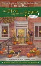 A Domestic Diva Mystery: The Diva Haunts the House 5 by Krista Davis (2011, Pape