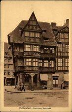 Halberstadt alte s/w AK 1922 datiert altes Haus am Holzmarkt Fachwerkhaus Laden