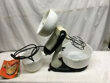 Vintage Sunbeam Automatic Mix Master with bowls and juicer works