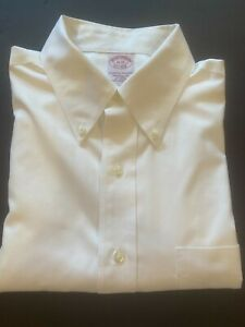 Brooks Brothers All Cotton Dress Shirt Men's 16 - 33 Traditional Fit White