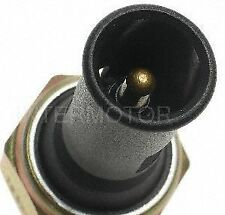 Standard Motor Products PS181 Oil Pressure Sender for Light