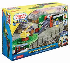 THOMAS & FRIENDS TAKE N PLAY SCRAPYARD CLEANUP TEAM PERCY PLAYSET *NEW*