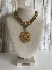 Vintage Chanel CC Large Rope Round Medallion Pendant Gold Necklace Chain RARE!