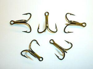 (100) Eagle Claw Lazer Wide-Gap Short-Shank 2X Treble Hooks (Size 6) Bronze Bulk