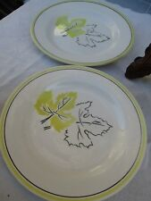 2 assiettes Digoin, Sarreguemines France, vintage en très bon état 22 cm de diam