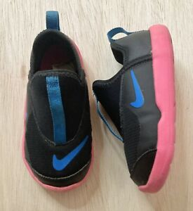 Infant Toddler Nike Shoes Lil Swoosh Size 8c Black Blue and Pink AQ3113-003