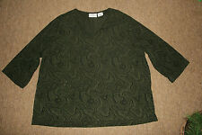 KATHY IRELAND PLUS PULL OVER V-NECK TOP GREEN/BLACK SWIRLING PATTERN  SIZE 2X