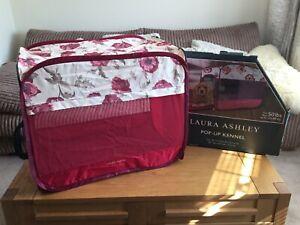 Laura Ashley Pop Up Kennel Folds Flat 18x27x22 Inch Brand New FREE POSTAGE