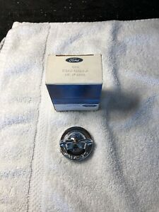 NOS New Ford D3AZ-13564-A 1973-79 Ford Bronco License Plate Lamp Lens OEM