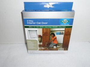 PetSafe 2 Way Interior Cat Door Small 1-15 Lbs. CD10-050-11