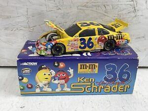 KEN SCHRADER # 36 M & M's 2000 GRAND PRIX BANK 1/24 SCALE NIB