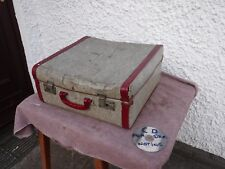 VINTAGE  DISTRESSED   SUITCASE .    FREE DELIVERY