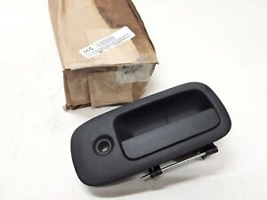 2003-2009 Chevrolet GMC LH Driver Front or Rear Outside Door Handle OEM 20830535