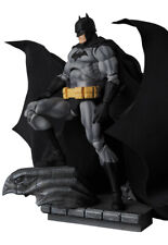 Medicom Toy MAFEX BATMAN HUSH BLACK Ver. No.126 from Japan