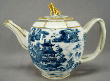 Chinese Export Hand Painted Blue & White Pagodas Foo Dog Finial Teapot C. 1770