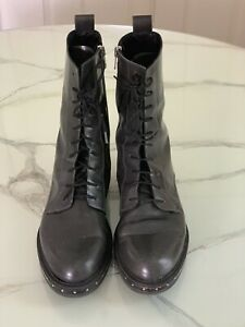 Designer Barney's New York Gray Leather Ankle Boots - Made Italy - 41, US 11