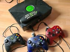 Xbox Classic mit 3 Controllern und Fernbedienung