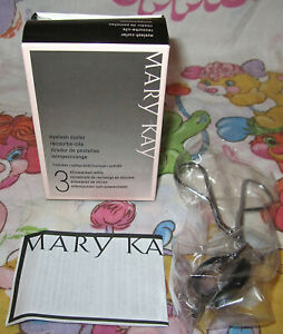 Mary Kay® Eyelash Curler With 3 Silicone Pad Refills 030578 *NIB *Free Shipping