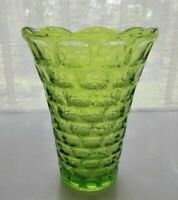 """Federal Glass Green Colonial Yorktown 8"""" Scalloped Vase"""