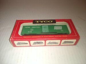 Vintage TYCO HO Scale Penn Central Freight Car train 311X