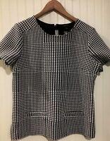 ANN TAYLOR medium top Houndstooth Pattern Short Sleeve w/ Pockets, zipper back