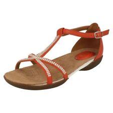 7d2feae59 Sandali e scarpe cinturini alla caviglia arancione Clarks per il mare da  donna