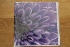 Carta di nota di auguri in bianco-viola Fiore Compleanno Anniversario grazie (010)