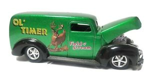 Racing Champions Field & Stream Jumper Ol' Timer Sedan Truck R/R 1:64 Diecast