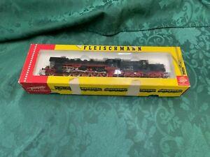 Fleischmann 1363 Locomotive & Tender HO Scale