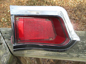 1965 Pontiac Catalina Safari Station Wagon Tail Light LH Side 5956853 Guide 25S
