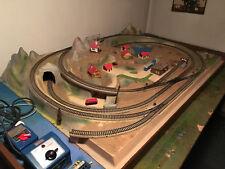 Märklin Modellbahn-Komplettanlage Spur H0 Analog auf NOCH-Platte mit Holztisch