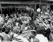 JOHN F. KENNEDY CAMPAIGNS FOR PRESIDENT IN BALTIMORE 1960 - 8X10 PHOTO (OP-769)
