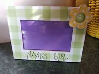 """ADORABLE WOOD PAINTED TABLETOP PICTURE FRAME HOLDS 4""""x6"""" """"NANA'S GIRL"""""""