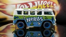 HOT WHEELS POP NERDS CANDY VW VOLKSWAGEN DELUXE STATION WAGON REAL RIDER TIRES