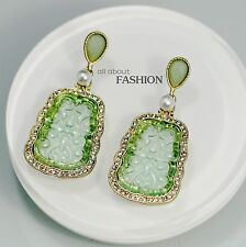 Costume Class Clip on Earrings Gold Pendant Green Jade Imitation Vintage Fine J1