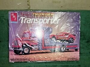AMT Tennessee Thunder Transporter & Car Kit # 6636 Open Box, Bags Sealed