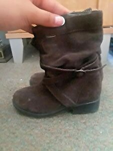 Stride Rite Brown Suede Boots for Girls Size 8