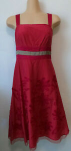 JACQUI E Dark red floral skirt detailed brown banded flare dress. Size 8