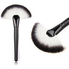 Hot 1Pcs Pro Fan Shaped Makeup Brush Face Powder Cheek Highlighter Bronzer Kit
