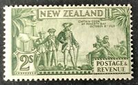 New Zealand. Two Shilling Stamp. SG568. 1935. Lightly Mounted.  #AH291