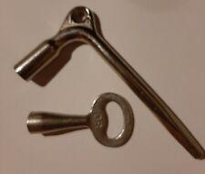 DB Vierkant Lokfüher Schlüssel Innen und Außen + Kleiner Vierkant DB