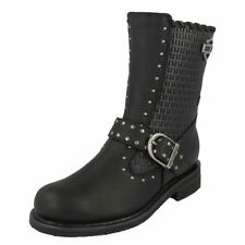 Zip Leather Textured Shoes for Women