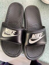Boys black Nike Sliders Size 6