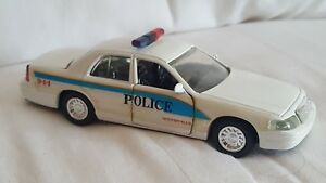 Road Champs Woodville Police  Diecast Vehicle 1:43 Scale 1998