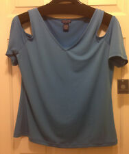 NWT Tanner Doncaster Blue V Neck Cut Out Sleeve Top M