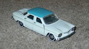 Franklin Mint 1960 Chevy Corvair White Blue 1/43 Cars of Sixties Diecast B11PU75